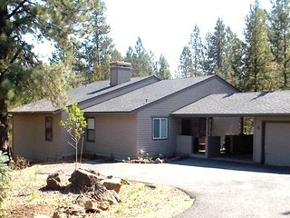 Nice House with Central Heating and Washing Machine - Sunriver vacation rentals