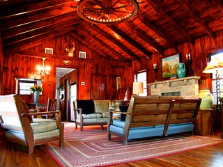Secluded Western Ranch House on 4 Ac Near Bandera - Bandera vacation rentals