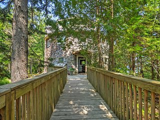 """Dragonwood Castle"" - Whimsical 3BR Prospect Harbor Home on 6.7 Private Acres w/200 Feet of Water Frontage & Sweeping Views - Prospect Harbor vacation rentals"