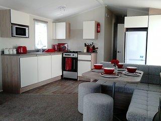 C35 Chesil Avenue - Burton Bradstock vacation rentals