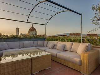Bright 2 bedroom Province of Florence Apartment with Television - Province of Florence vacation rentals