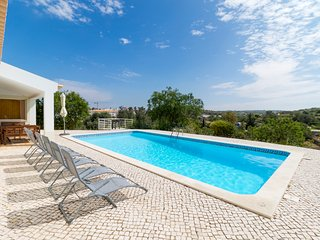 V3 Sidney - 3 bedroom villa w/ pool in Ferragudo - Ferragudo vacation rentals