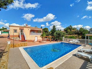 Holiday villa with private pool near Valencia - Turis vacation rentals