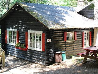 Cozy 2 bedroom Dennysville Cottage with Internet Access - Dennysville vacation rentals