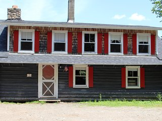 Bright 4 bedroom Cottage in Dennysville with Internet Access - Dennysville vacation rentals