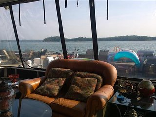Houseboat on Lake Lanier - Buford vacation rentals