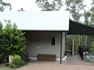 Hedges Haven Bed & Breakfast Accommodation - Cooroy vacation rentals