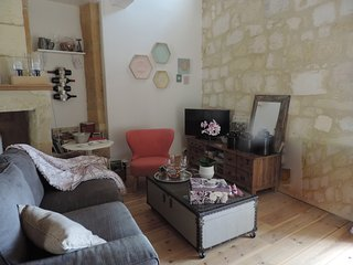 Nice Condo with Internet Access and A/C - Saint-Emilion vacation rentals
