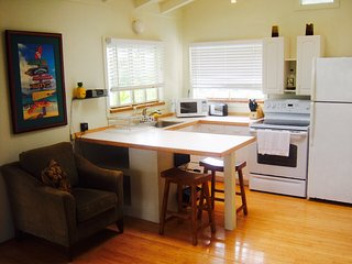1 bedroom Guest house with Internet Access in Lanikai - Lanikai vacation rentals