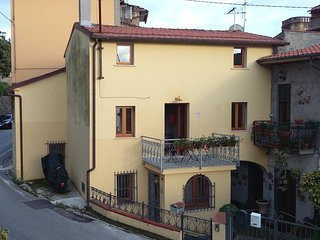 Bright 3 bedroom Vacation Rental in Pietrasanta - Pietrasanta vacation rentals