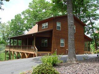 Comfortable Chalet with Internet Access and Mountain Views - Murphy vacation rentals