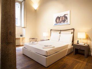 HEMERAS BOUTIQUE HOUSE BORGONUOVO - Milan vacation rentals