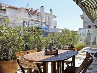 Parking + Terrace 10 min Sea for 4 - Nice vacation rentals