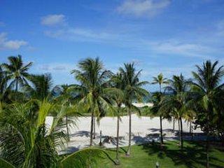 Amazing Location! 3 Bedroom Ocean Drive Penthouse w/Huge Terrace & Ocean Views - Miami Beach vacation rentals