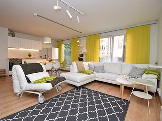 Bright Home, next to Old Town, free parking - Tallinn vacation rentals