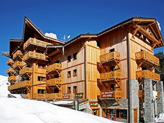 Sunny 2 bedroom Condo in Les Arcs with Internet Access - Les Arcs vacation rentals