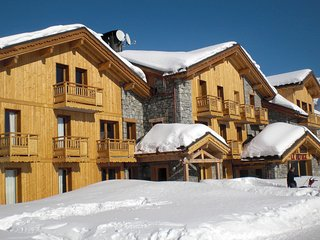 Cozy 3 bedroom Montvalezan Apartment with Internet Access - Montvalezan vacation rentals