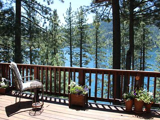 Steps away from Beautiful Donner Lake ,Truckee Ca. Great Location and Views. - Truckee vacation rentals