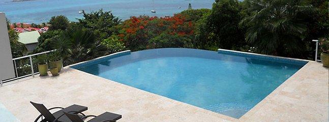 Villa La Di Da 2 Bedroom SPECIAL OFFER - Pelican Key vacation rentals