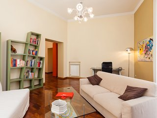 Wide Apartment on the Street of Museums - Naples vacation rentals