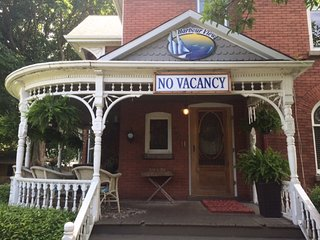 Beautiful Bed and Breakfast with Internet Access and A/C - Port Stanley vacation rentals