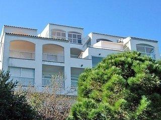 Sunny 2 bedroom Vacation Rental in Colera - Colera vacation rentals