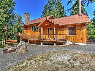 'Right Arm Ranch' 3BR Port Angeles Cabin - Port Angeles vacation rentals