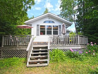 Nice 2 bedroom Tobermory Cottage with Deck - Tobermory vacation rentals