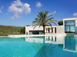 Luxury villa with pool and gorgeous views - San Jose vacation rentals