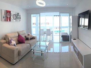 Swarowski Luxury 2 Bedroom Great Pool - Benidorm vacation rentals