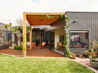 Bright 3 bedroom House in City of Moonee Valley - City of Moonee Valley vacation rentals