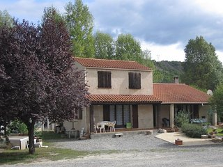 2 bedroom Villa with Internet Access in Champtercier - Champtercier vacation rentals