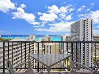 BEAUTIFUL Ocean Views!  A/C, WiFi, Pool, Parking!  WASHLET! - Waikiki vacation rentals