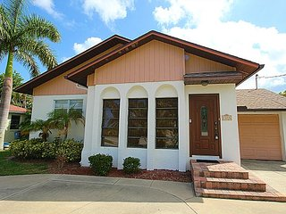 2 bedroom House with Deck in Fort Myers Beach - Fort Myers Beach vacation rentals