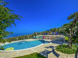 Nice 5 bedroom Villa in Sant'Agata sui Due Golfi with Internet Access - Sant'Agata sui Due Golfi vacation rentals