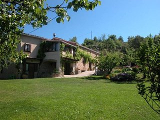 Relaxing Rural guest house Can Riera - Muntanyola vacation rentals