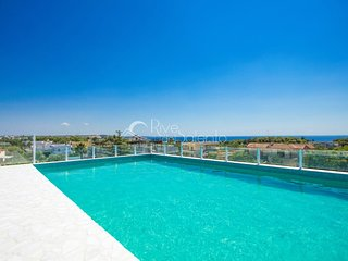 Residence with pool overlooking the sea - Santa Maria al Bagno vacation rentals