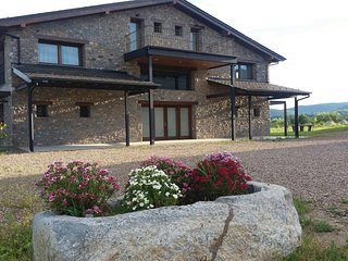 Luxury 7 En-suiteRooms w/Incredible Mountain Views - Bolvir vacation rentals