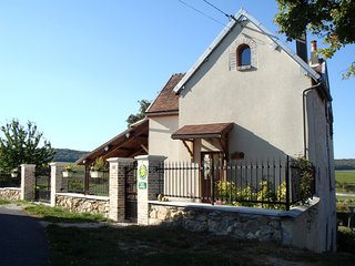 Nice House with Internet Access and Swing Set - Barbonne-Fayel vacation rentals