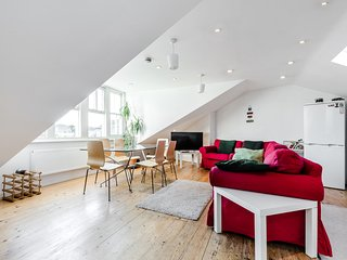 Three Bedroom Apartment - London vacation rentals