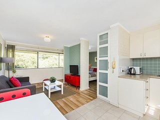 Bright Shenton Park Studio rental with Internet Access - Shenton Park vacation rentals