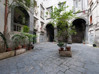 Cozy Room with Bathroom at via Tribunali (Double) - Naples vacation rentals