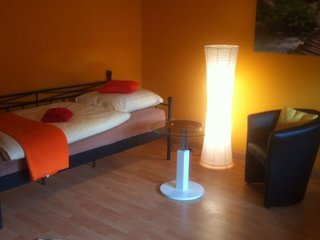 Vacation Apartment in Koblenz-Wallersheim - 538 sqft, spacious room - Koblenz vacation rentals