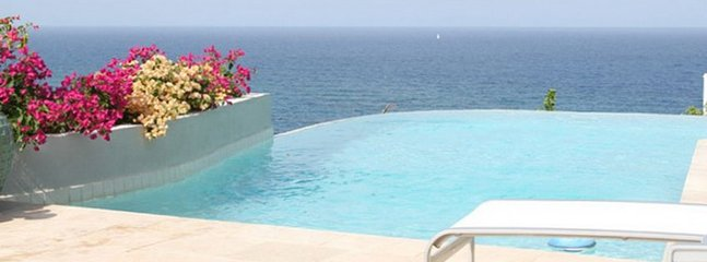 Villa Bougainvillea 4 Bedroom SPECIAL OFFER - Dawn Beach vacation rentals