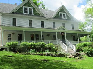 Bethel Pastures Farm Bed & Breakfast - Jeffersonville vacation rentals