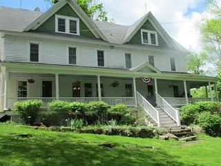 Bethel Pastures Farm Bed & Breakfast - Jeffersonville vacation rentals
