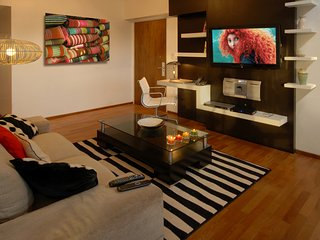 GYM & POOL 2 BEDROOM/ 2 BATH (PT2) GREAT VIEWS FROM THE 7TH FLOOR! - Buenos Aires vacation rentals