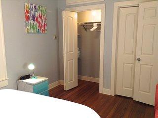 DOWNTOWN AUSTIN LITTLE GEM-For 4-Walkable,ACL,SXSW - Austin vacation rentals