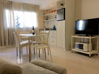 """3 Apartamento """"cool"""" en Aristides Villanueva! 3 - Mendoza vacation rentals"""
