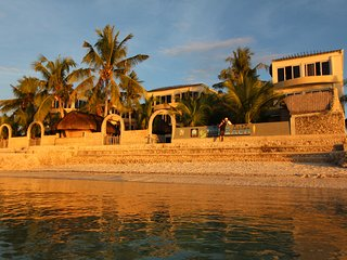 Perfect Resort with Housekeeping Included and Balcony - Pacijan Island vacation rentals